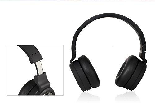 F&D Stereo HW111 Wireless Bluetooth Headphone with Mic (Black
